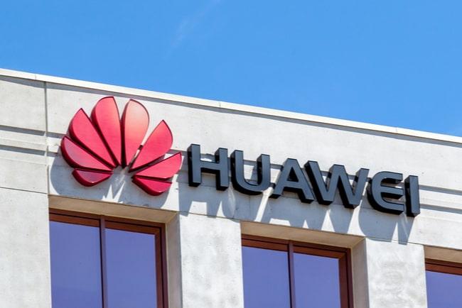 Huaweis logga på vägg