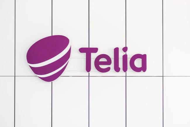 Fasad med Telias logotyp